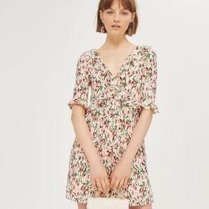 ⭐NEW⭐ Topshop - Floral Crinkle Skater Dress